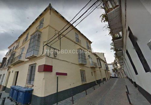 Amplia casa en en el Casco antiguo de Velez Málaga!!