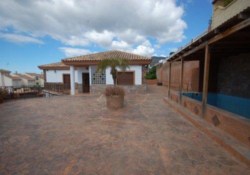 Villa exclusiva en Santangelo sur.