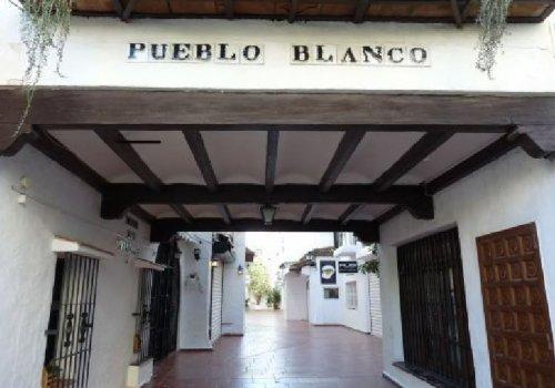 Pueblo Blanco, Calle Casablanca, Torremolinos, Local