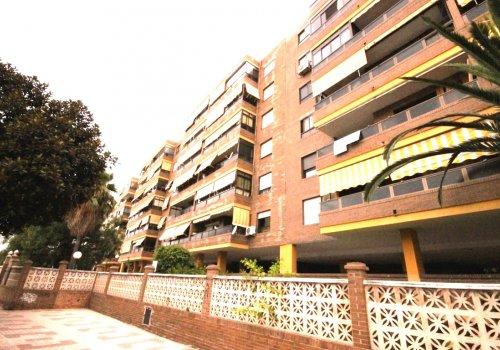 Mainake, Puerta Blanca, Carretera de Cádiz, piso