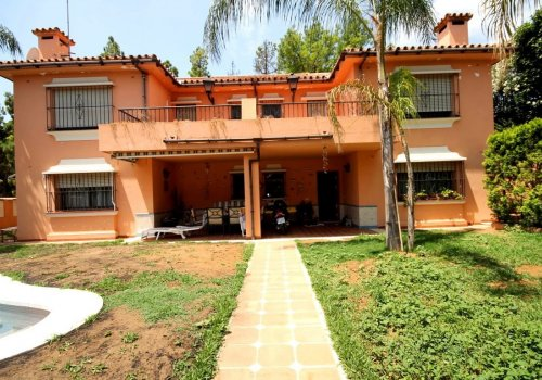 Huerta-Belón-Calvario, Marbella, Villa