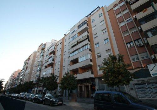 Salitre, Plaza de Toros Vieja, Alameda principal, Centro, piso